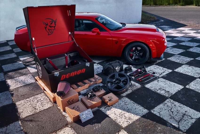 Dodge Challenger SRT Demon – world's quickest production car with 840 hp, 0-100 km/h in 2.3 secs Image #643928