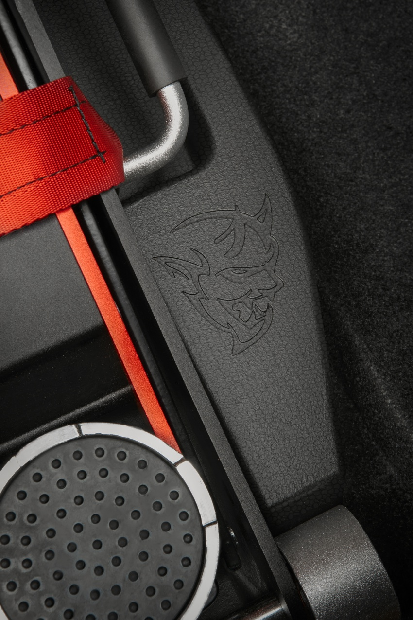 Dodge Challenger SRT Demon – world's quickest production car with 840 hp, 0-100 km/h in 2.3 secs Image #643967