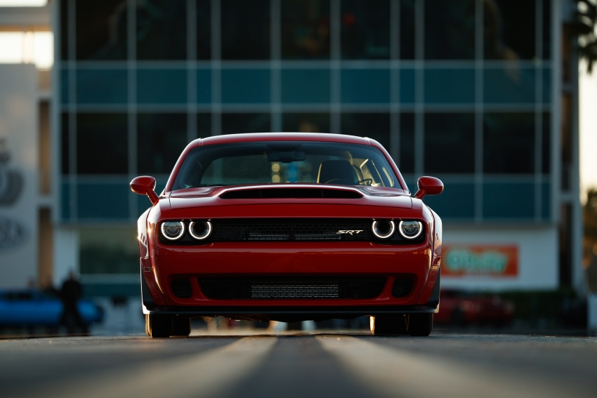 Dodge Challenger SRT Demon – world's quickest production car with 840 hp, 0-100 km/h in 2.3 secs Image #644032