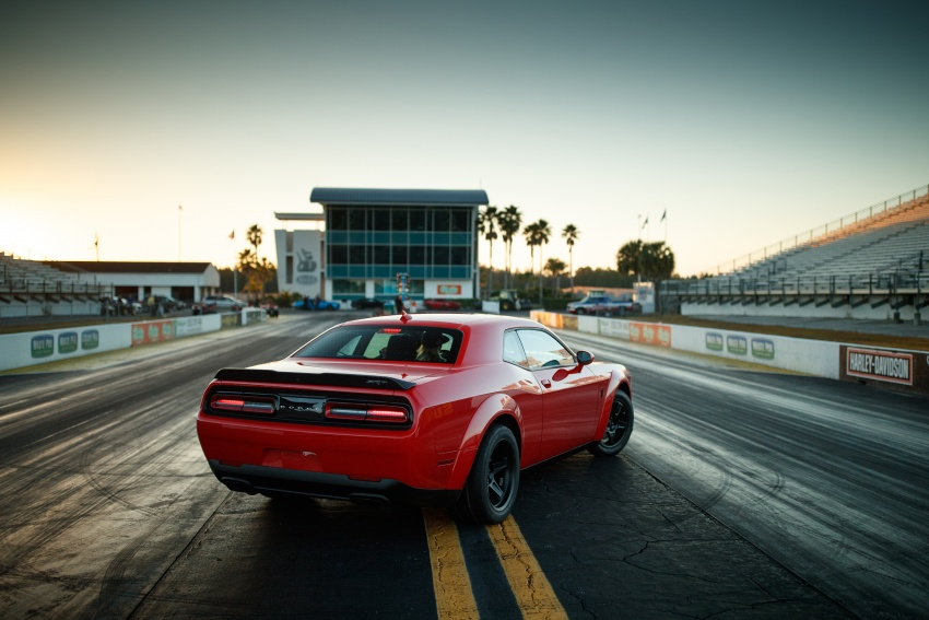Dodge Challenger SRT Demon – world's quickest production car with 840 hp, 0-100 km/h in 2.3 secs Image #644034