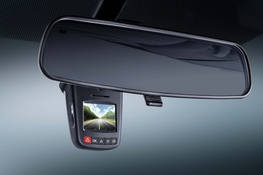 Toyota Vios now with 360-degree camera, USB charger Image #644761