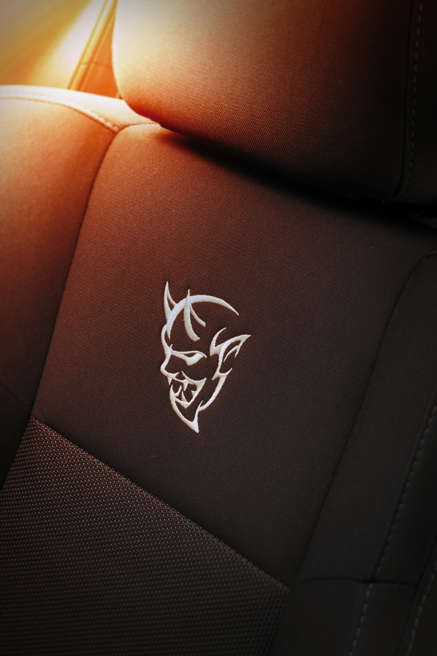 Dodge Challenger SRT Demon – kereta produksi paling pantas, padat dengan 840 hp dan 1,075 Nm Image #644228