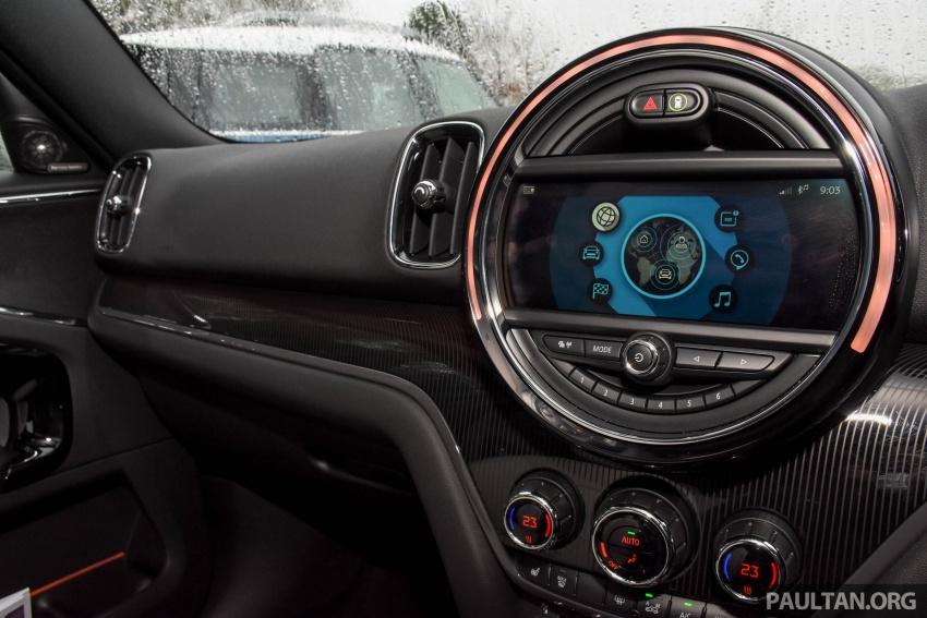 DRIVEN: F60 MINI Cooper S Countryman in the UK Image #644856
