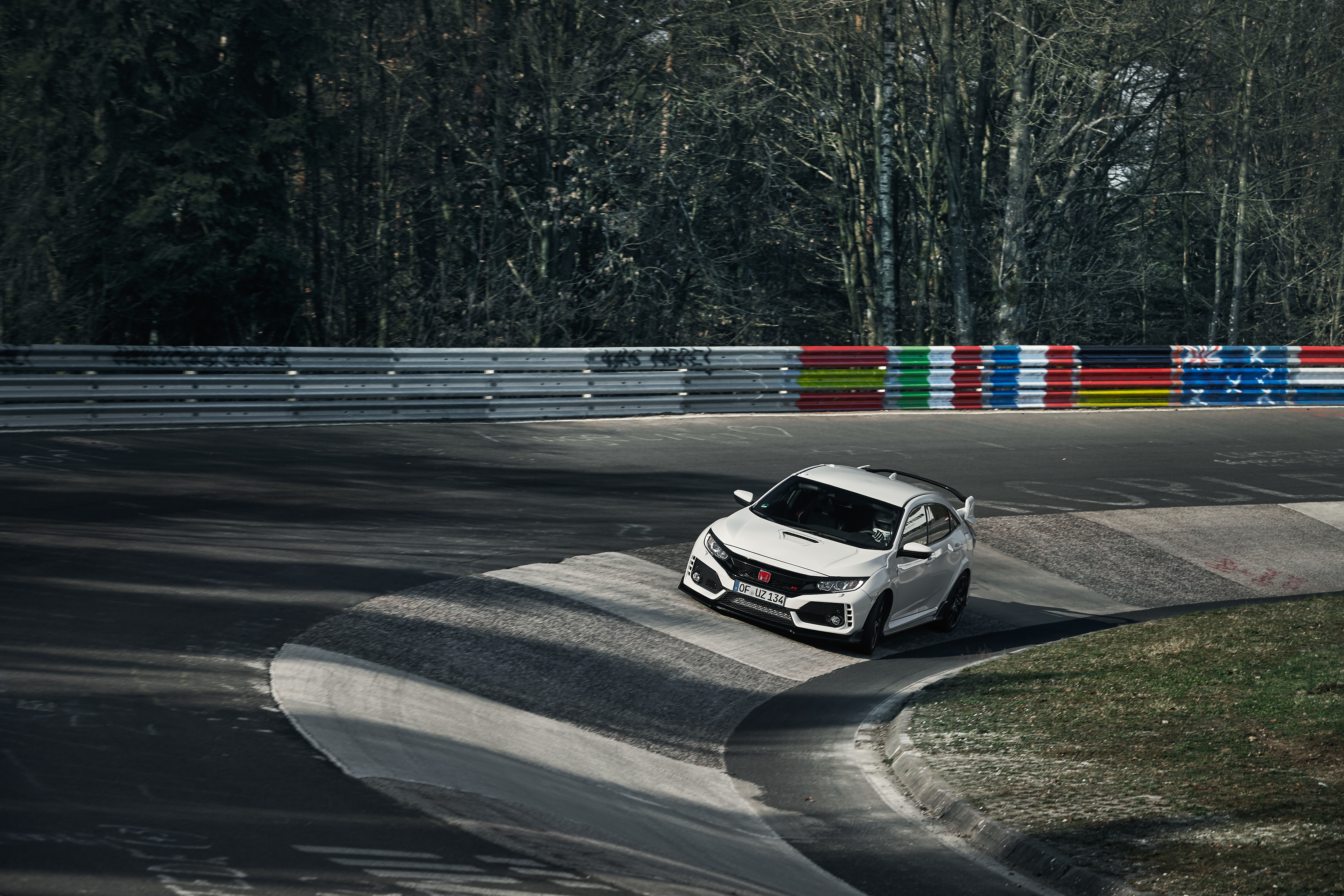 Back to Story: Honda Civic Type R reclaims FWD Nurburgring record