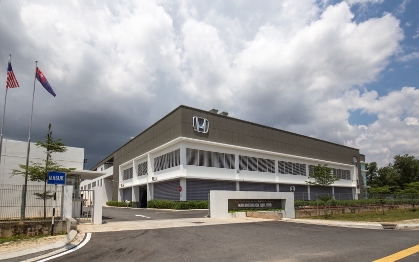Honda Malaysia launches biggest 4S centre in Johor; records 45% sales increase in Q1 2017 from last year Image #649793