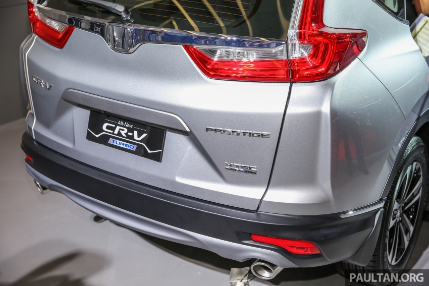 iims 2017 new honda cr v launched in indonesia seven seat 1 5l vtec turbo five seat 2 0l na