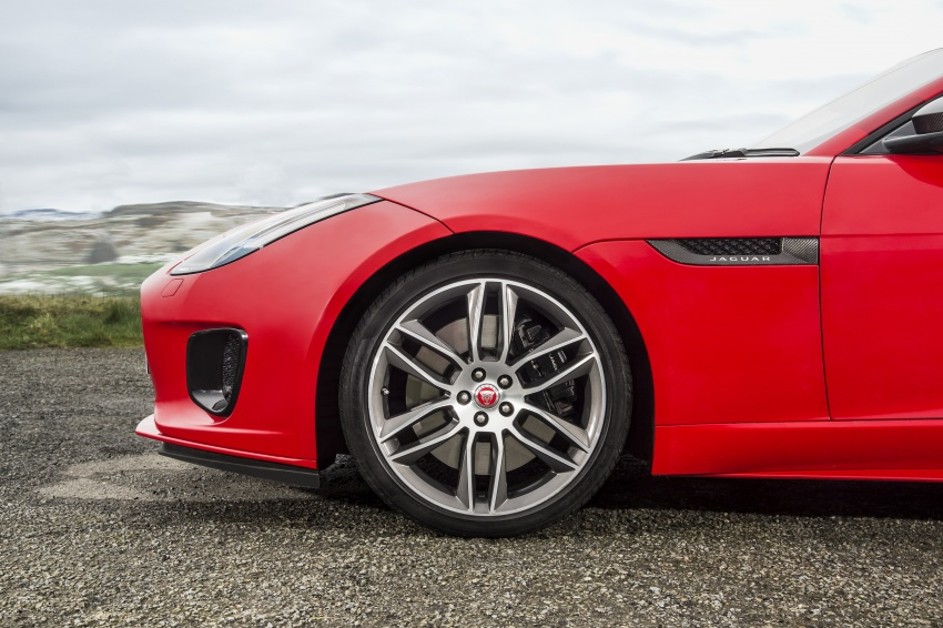 Jaguar F-Type gains 300 PS 2.0 litre Ingenium engine Image #645645