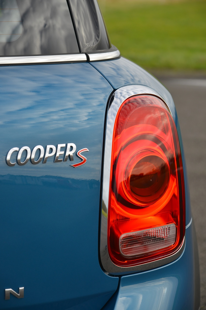 DRIVEN: F60 MINI Cooper S Countryman in the UK Image #645164