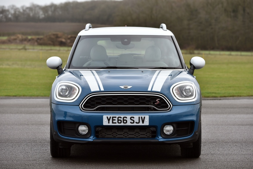 DRIVEN: F60 MINI Cooper S Countryman in the UK Image #645168