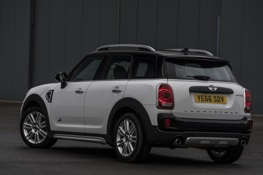 DRIVEN: F60 MINI Cooper S Countryman in the UK Image #645178