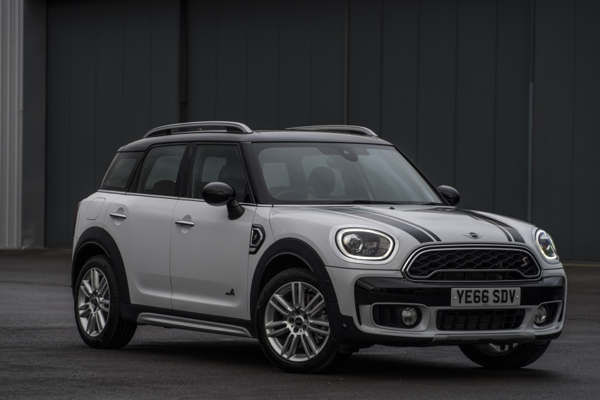 DRIVEN: F60 MINI Cooper S Countryman in the UK Image #645183