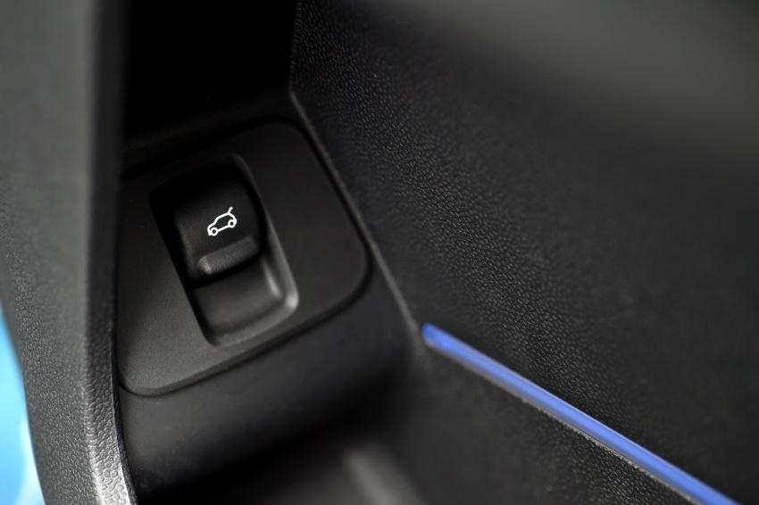 DRIVEN: F60 MINI Cooper S Countryman in the UK Image #645209