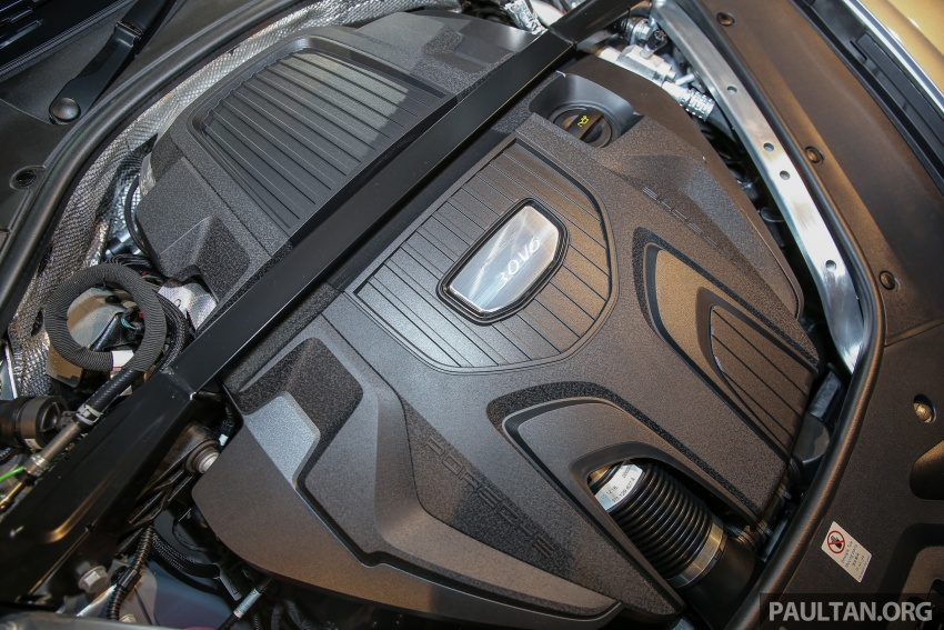Porsche Panamera 2017 kini berada di Malaysia – harga bermula RM890k bagi model asas 3.0L V6 turbo dan RM1.1j untuk varian 4S 2.9L V6 biturbo Image #644988