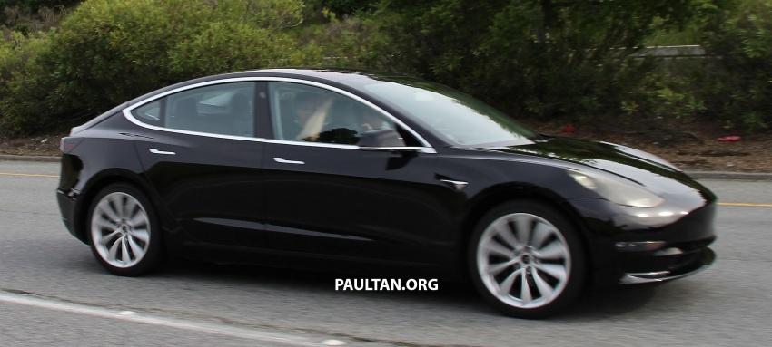 SPYSHOT: Tesla Model 3 dijumpai melakukan ujian Image #641899