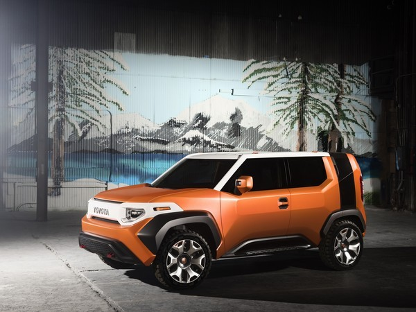 Toyota FT-4X concept revealed early before NY debut Image #643691
