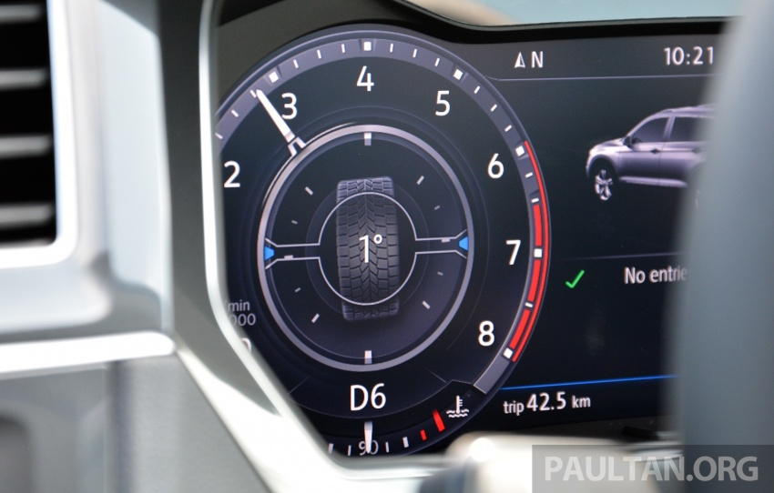 DRIVEN: Volkswagen Tiguan – striking middle ground Image #641477