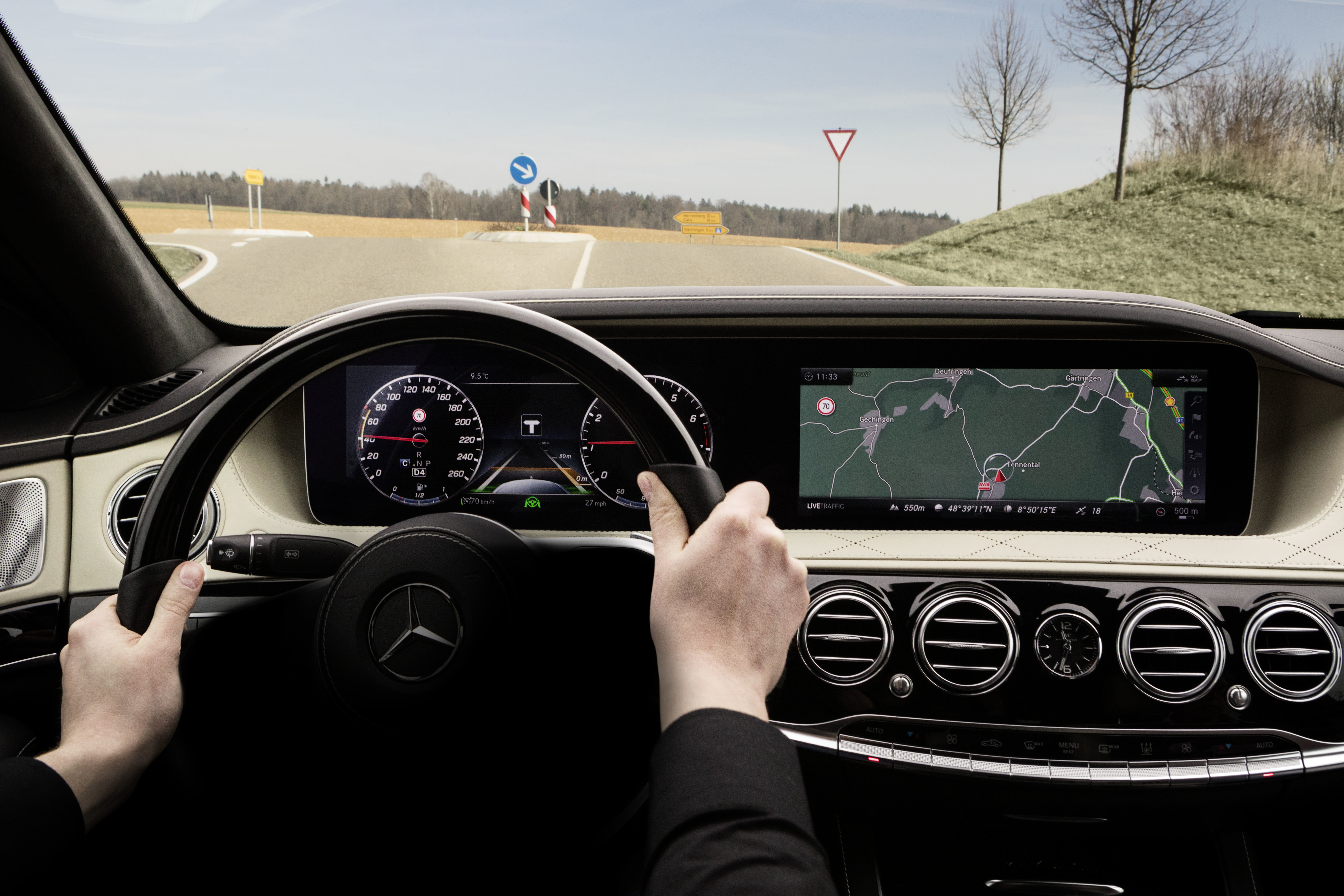 W222 Mercedes-Benz S-Class facelift set to receive improved