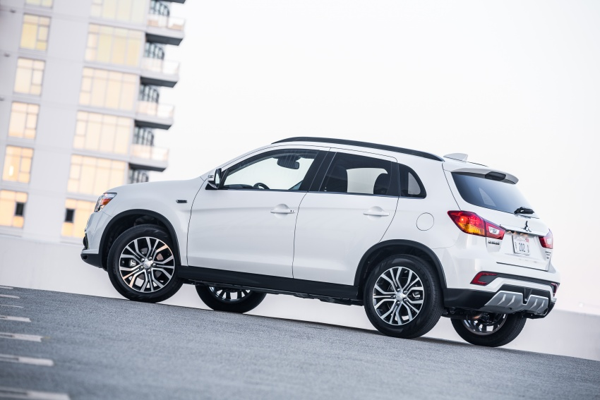 Mitsubishi ASX gets yet another facelift, debuts in NY Image #641704