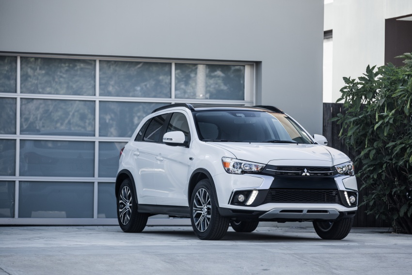 Mitsubishi ASX gets yet another facelift, debuts in NY Image #641706
