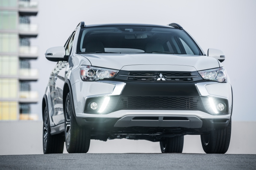 Mitsubishi ASX gets yet another facelift, debuts in NY Image #641713