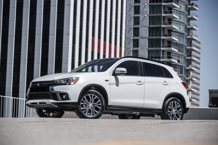 Mitsubishi ASX gets yet another facelift, debuts in NY Image #641699