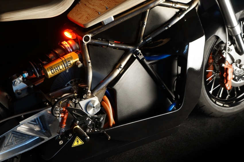 Essence E-Raw – motosikal elektrik 107 hp RM258k Image #643433