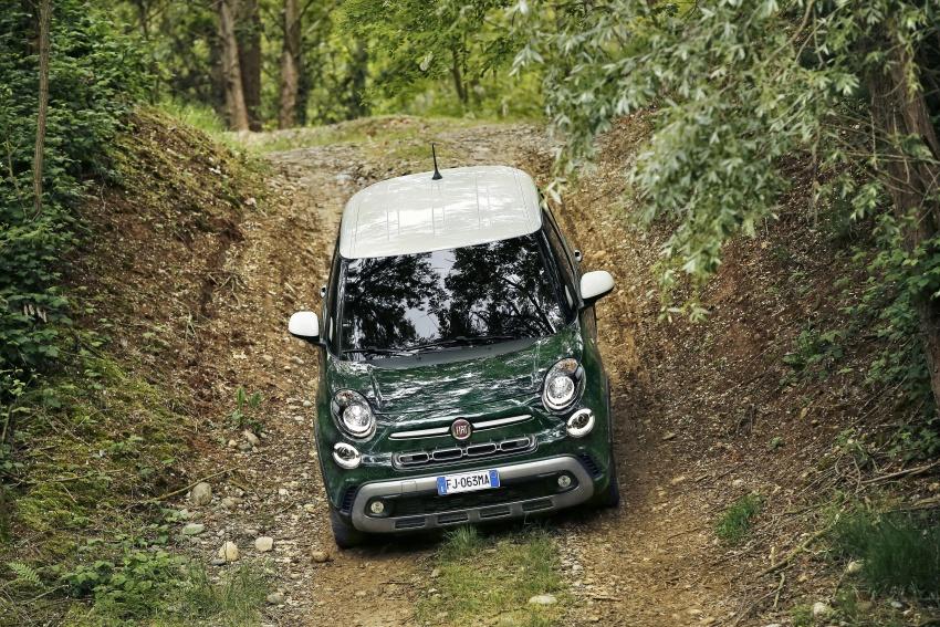 Fiat 500L MPV gets subtle facelift – new looks, tech Image #662152