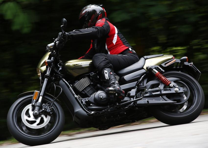 Ride impression: 2017 Harley-Davidson Street Rod 750 Image #657186