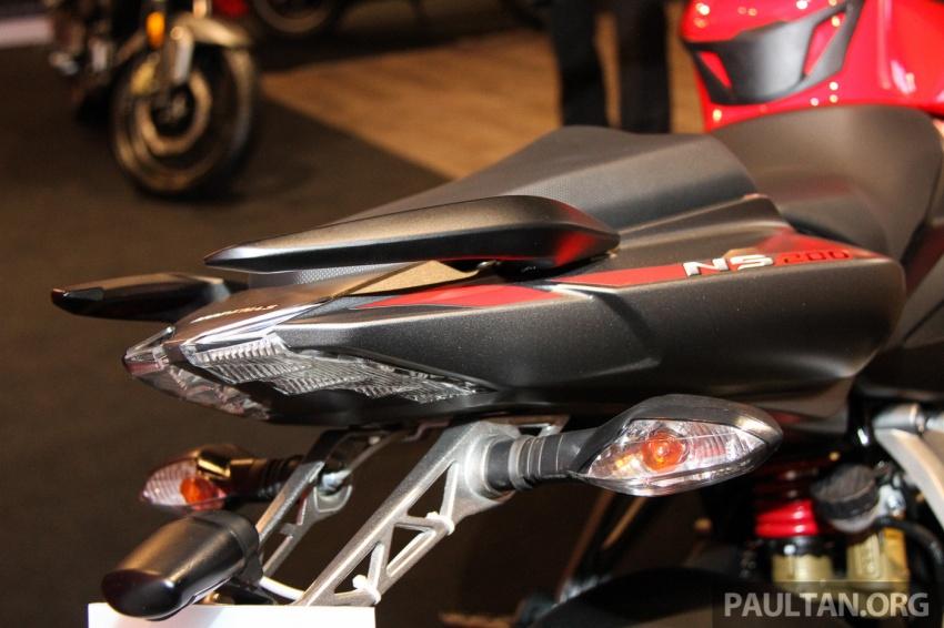 Modenas Pulsar RS200 dan NS200 dilancarkan – enjin 199.5 cc, 24.5 PS dan 18.6 Nm, harga dari RM9,222 Image #660775