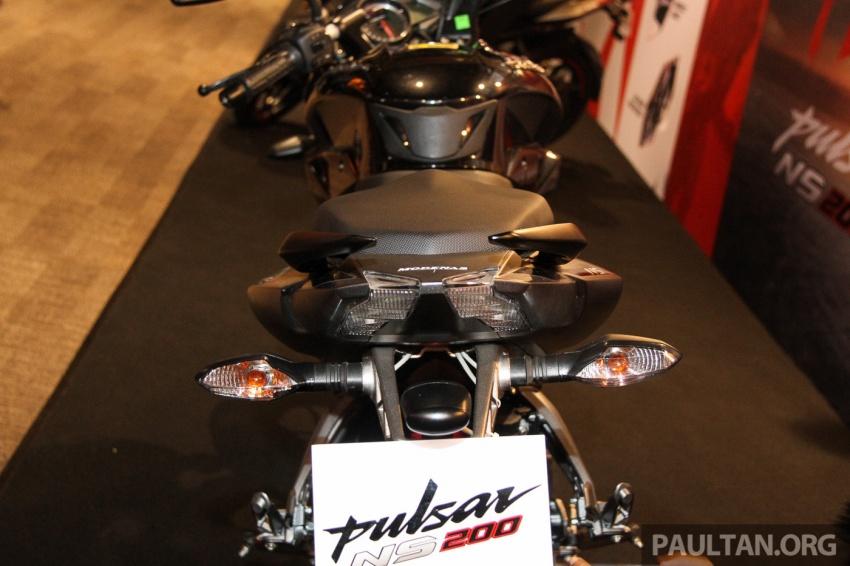 Modenas Pulsar RS200 dan NS200 dilancarkan – enjin 199.5 cc, 24.5 PS dan 18.6 Nm, harga dari RM9,222 Image #660781