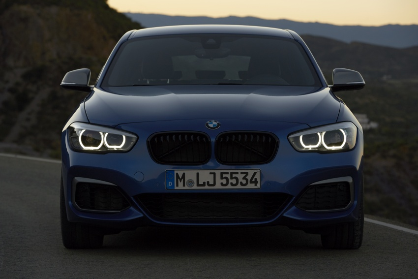 F20 BMW 1 Series gets updated interior, revised kit Image #657809