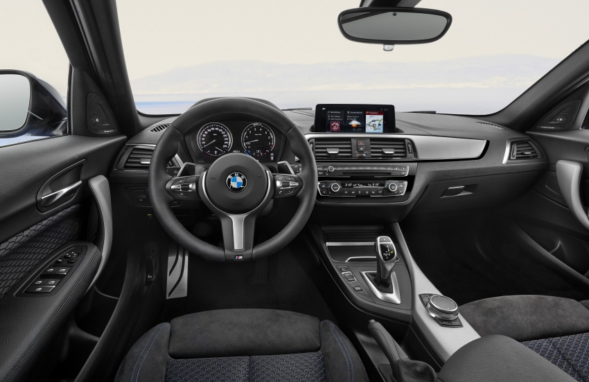 F20 BMW 1 Series gets updated interior, revised kit Image #657817