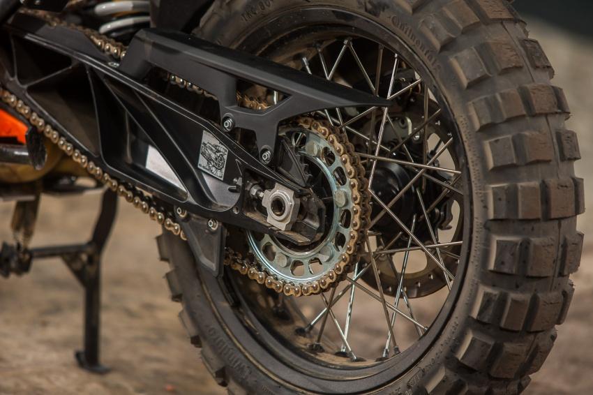 TUNGGANG UJI: KTM Super Adventure 1290 R bukan setakat mampu redah cabaran, malah mudah dikendali Image #661130