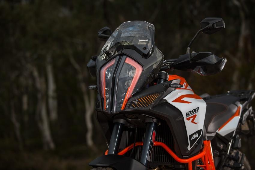 TUNGGANG UJI: KTM Super Adventure 1290 R bukan setakat mampu redah cabaran, malah mudah dikendali Image #661141