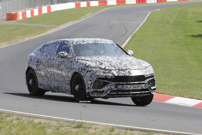 SPIED: Lamborghini Urus heads to the Nurburgring Image #663343
