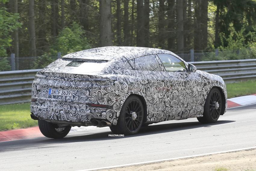 SPIED: Lamborghini Urus heads to the Nurburgring Image #663349