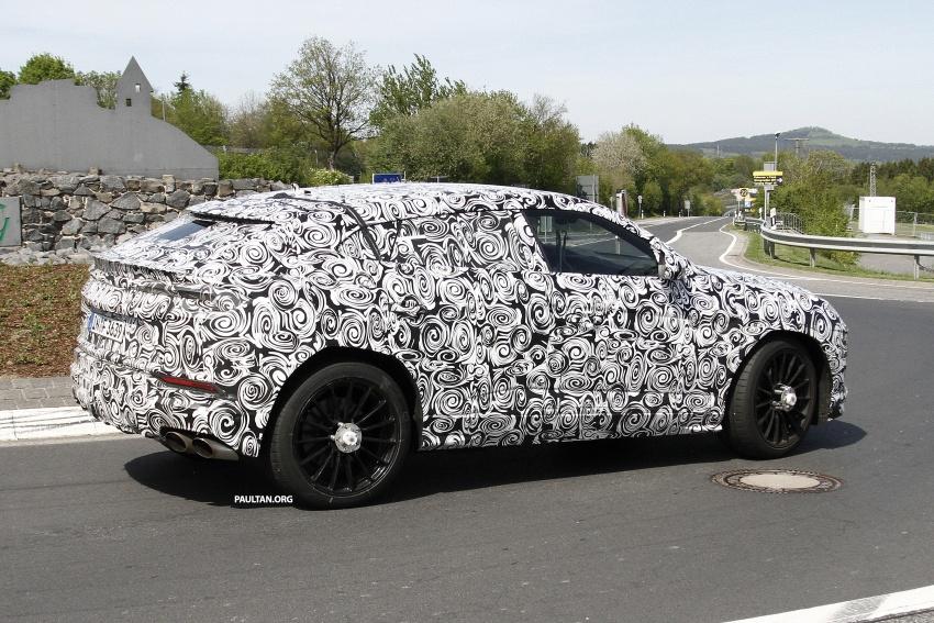SPIED: Lamborghini Urus heads to the Nurburgring Image #663337