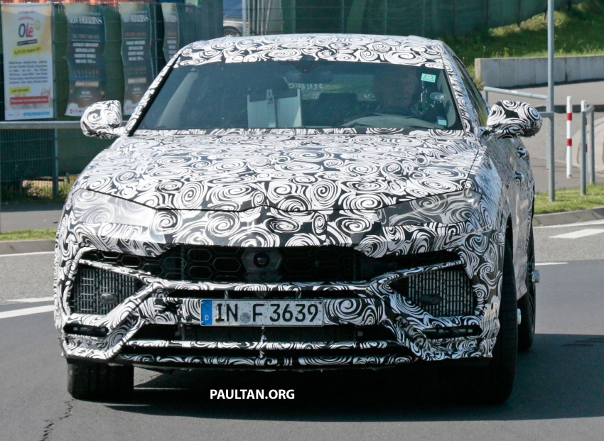 SPIED: Lamborghini Urus heads to the Nurburgring Image #661435