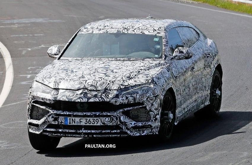 SPIED: Lamborghini Urus heads to the Nurburgring Image #661426