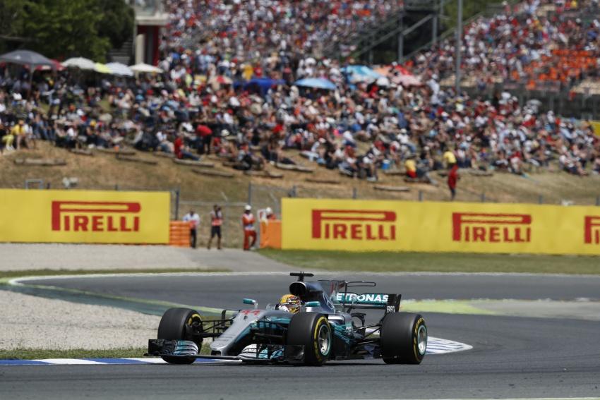 2017 Spanish GP – Hamilton victory closes title race Image #658452