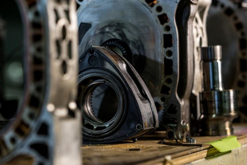 VIDEO: 50 years of Mazda rotary engine development Image #666861