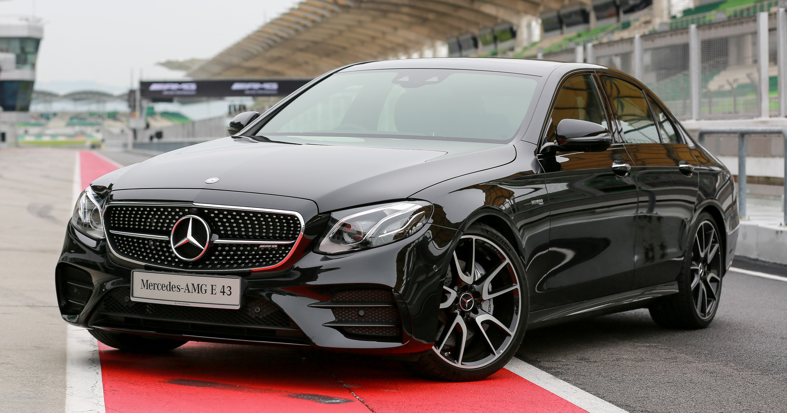 Mercedes Amg E43 4matic In Malaysia Rm658 888