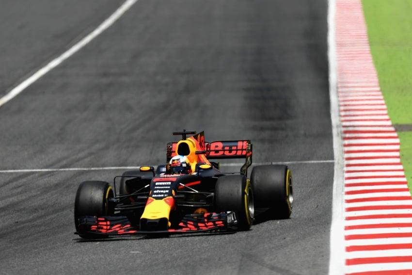 2017 Spanish GP – Hamilton victory closes title race Image #658479