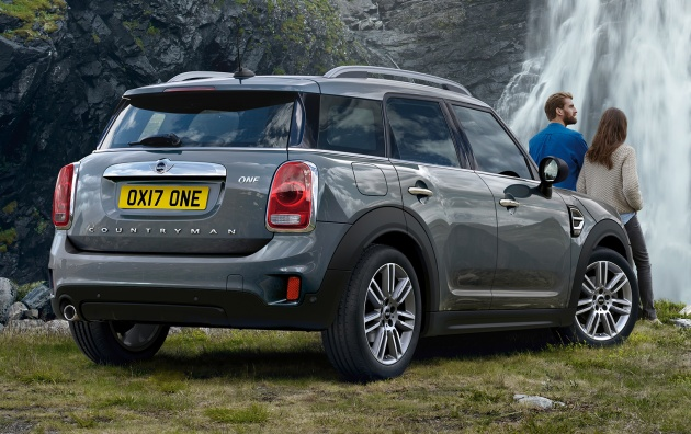 Mini One And D Countryman Revealed 2017 Model Year Revisions Announced Wireless Le Carplay