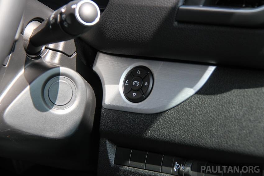 GALERI: Peugeot Traveller tampil di pusat pameran – model Standard enjin 2.0L diesel, lapan tempat duduk Image #663724