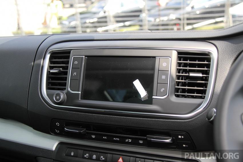 GALERI: Peugeot Traveller tampil di pusat pameran – model Standard enjin 2.0L diesel, lapan tempat duduk Image #663726