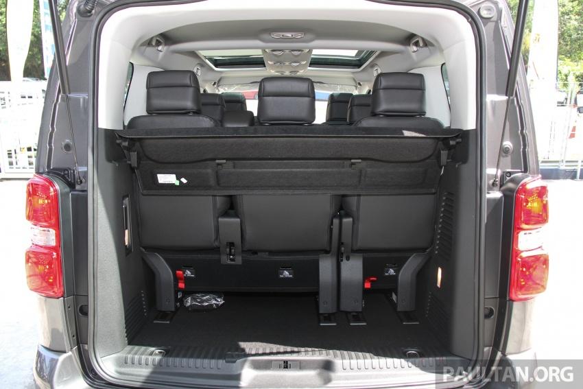 GALERI: Peugeot Traveller tampil di pusat pameran – model Standard enjin 2.0L diesel, lapan tempat duduk Image #663742