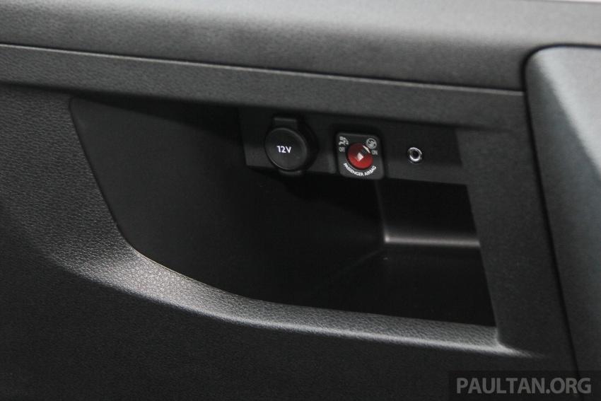 GALERI: Peugeot Traveller tampil di pusat pameran – model Standard enjin 2.0L diesel, lapan tempat duduk Image #663750