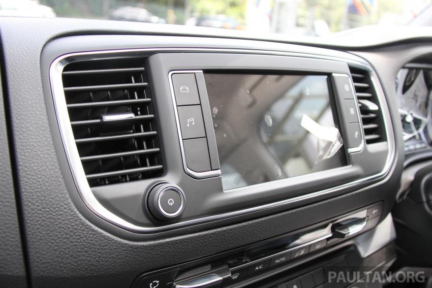 GALERI: Peugeot Traveller tampil di pusat pameran – model Standard enjin 2.0L diesel, lapan tempat duduk Image #663761