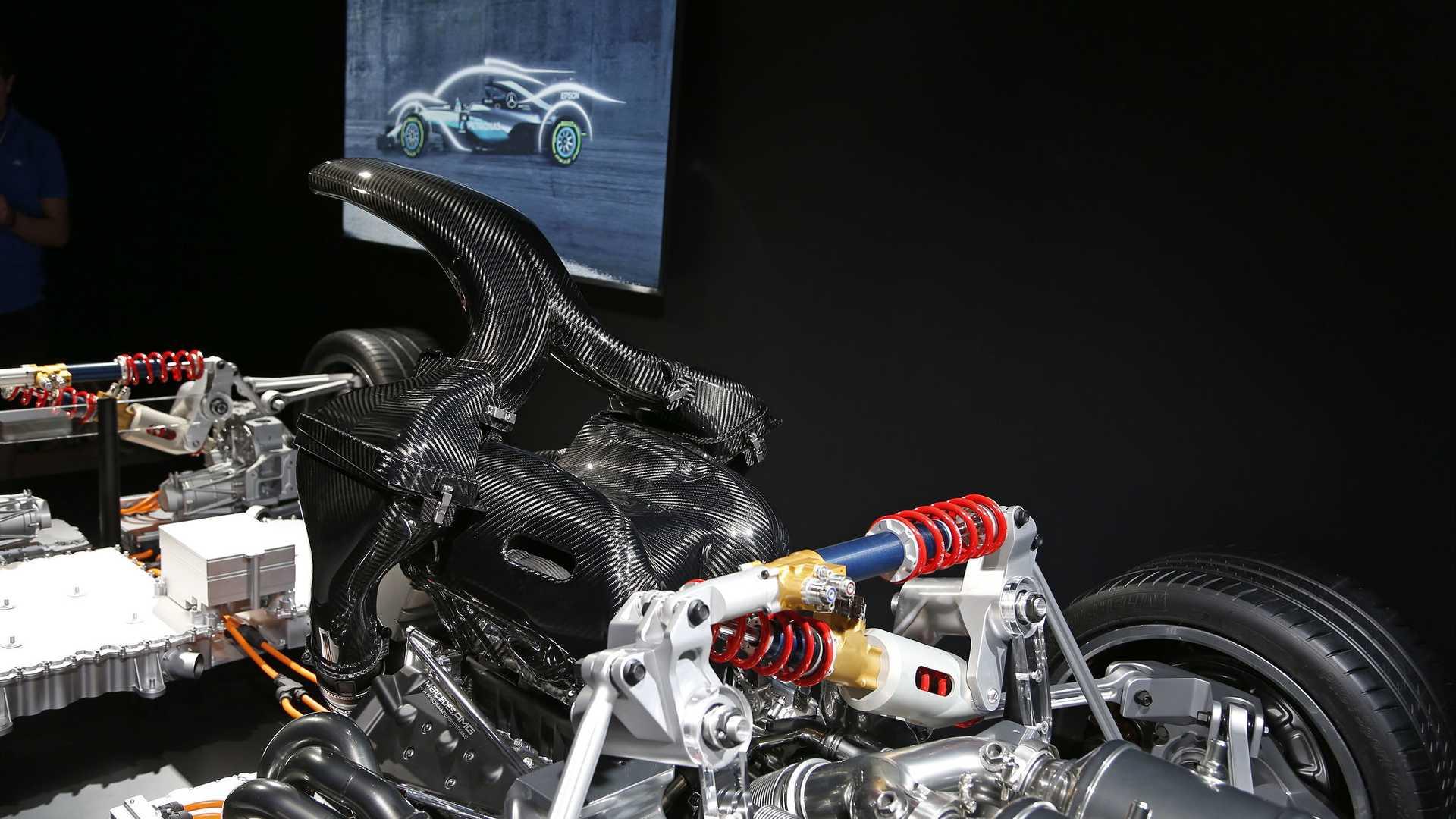 Merc-AMG Project One drivetrain – four electric motors ...